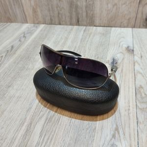 Womens Guess Wrap Sunglasses Black and Sliver